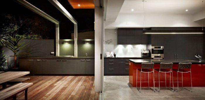 The boundary between indoors and outdoors - Outstanding Stylish House in Melbourne