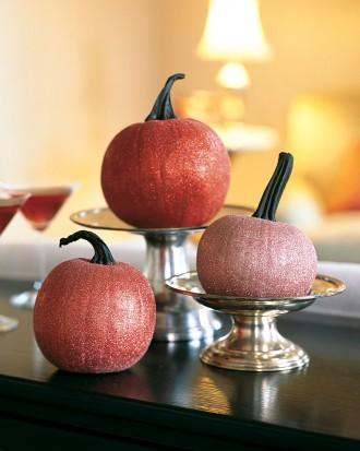 Glittered Pumpkin Table Decorations - 34 Ideas for Halloween Table Decorations - How To
