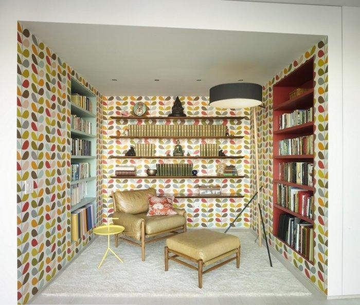 Manhattan apartment with colorful wallpapers - The Best Homes for 2013