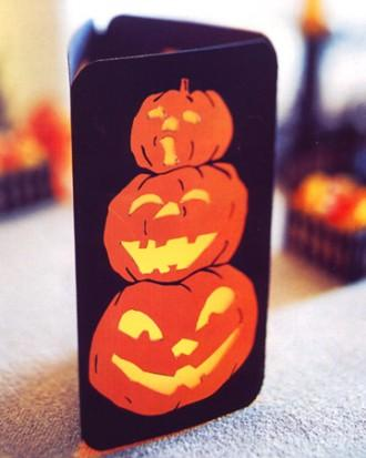 Pumpkin Table Lanterns - 34 Ideas for Halloween Table Decorations - How To