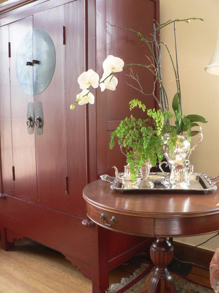 Antique Asian armoire - inspiring furniture ideas for our homes