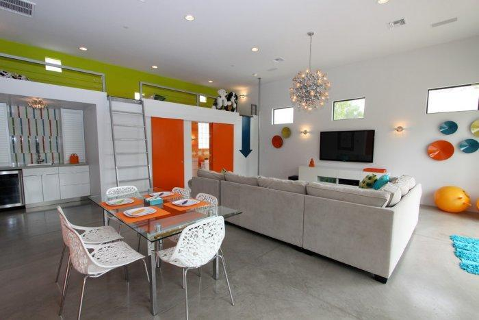 Eclectic house interior design with colorful notes - The Best Homes for 2013