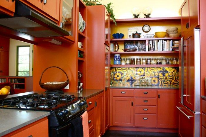 Eclectic kitchen in orange colors - The Best Homes for 2013