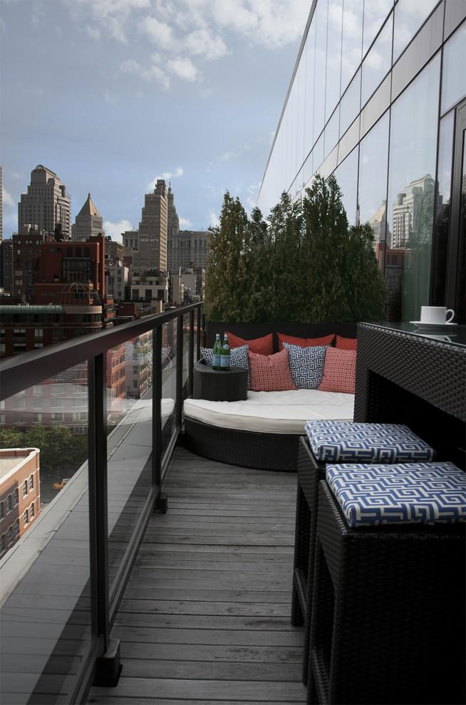 Garden terrace with eclectic patio furniture - Beautiful Apartment in Manhattan, New York