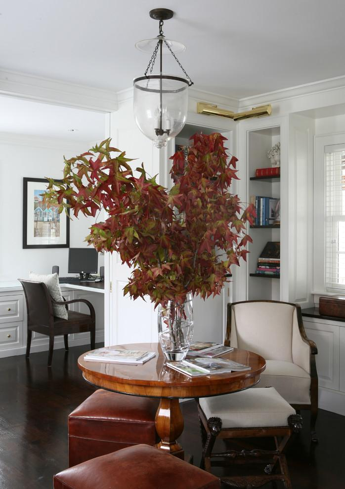Home decorative tree made of autumn branches - 9 Easy DIY Decorating Ideas with Leaves
