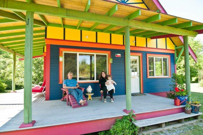 Small colorful island home - The Best Homes for 2013