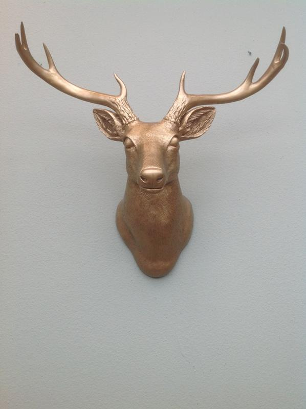 Stag head wall decoration - Trends in Colors for Autumn/Winter 2013