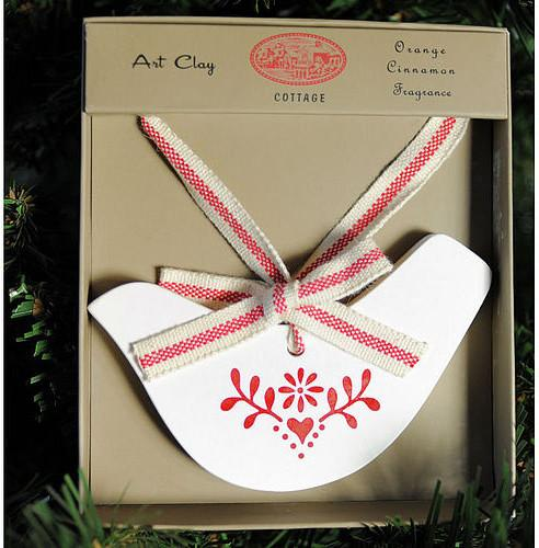 Christmas clay ornament - Lovely Decorating Ideas with Scandinavian Touch