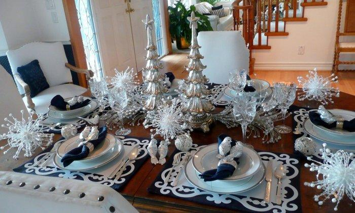 Christmas dinner table arranged in navy and silver - 15 Great Colorful Ideas for Home Decorations
