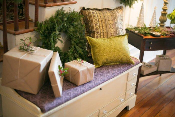 Christmas gifts wrapped in brown paper - Simple and Elegant Budget Decorating Ideas