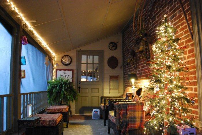 10 Simple And Elegant Christmas Decorating Ideas Founterior