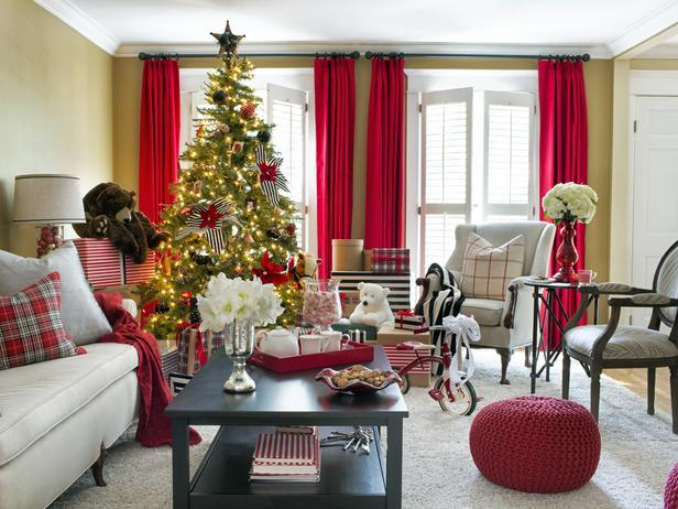 Christmas living room - Stylish Home Decoration Ideas in opposite colors