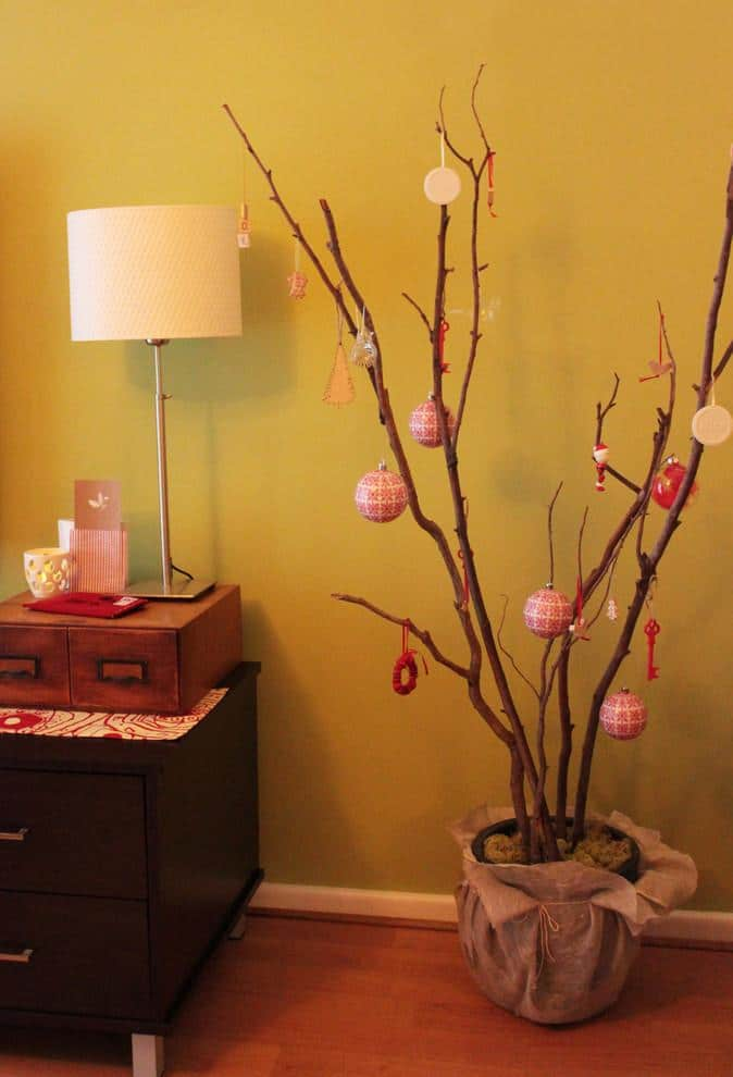 Holiday decorationsfor small spaces-30 Easy and Simple DIY Christmas Decoration Ideas