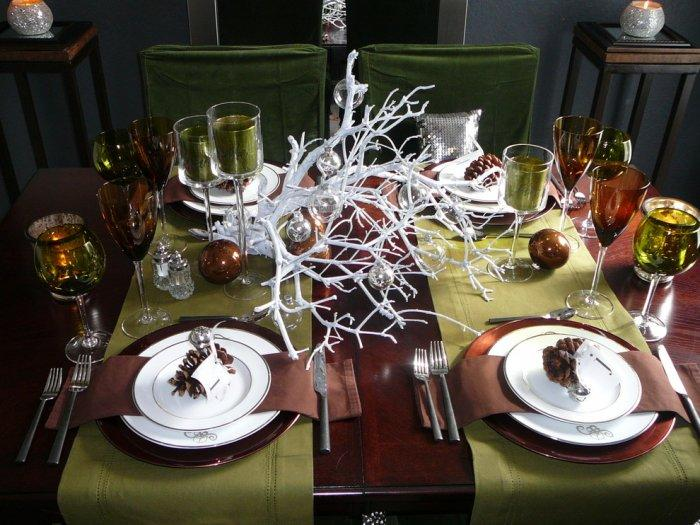 Holiday tablescape inspired by nature- 30 Easy and Simple DIY Christmas Decoration Ideas