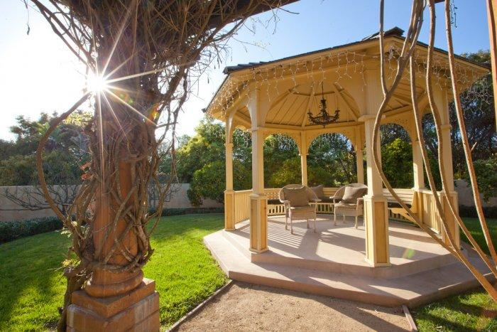 Mediterranean style gazebo in the yard - Mansion in California in Italian Style