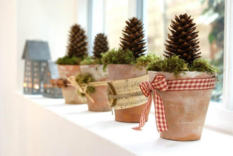 Lovely Christmas Decorating Ideas with Scandinavian Touch