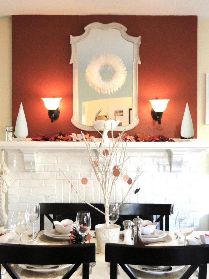Warm and intimate holiday dinner-30 Easy and Simple DIY Christmas Decoration Ideas