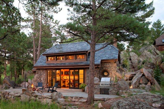 Beautiful mountain home near Rocky Mountains, Colorado