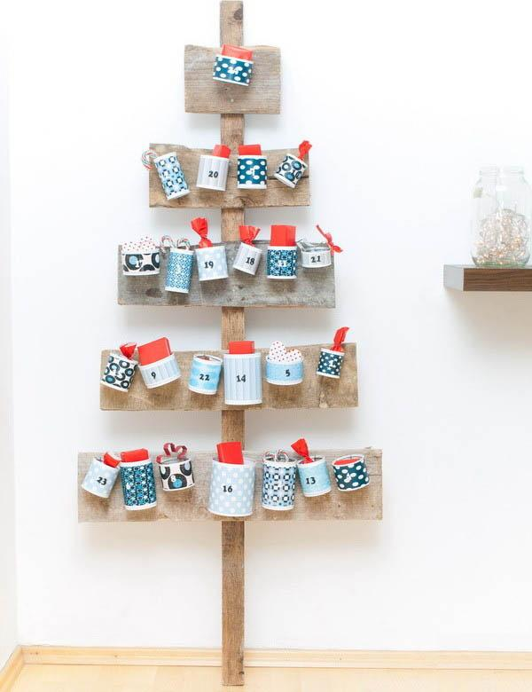 Creative Scandinavian calendar made of wood and pottery cups - 17 Scandinavian Examples of Home Decorations