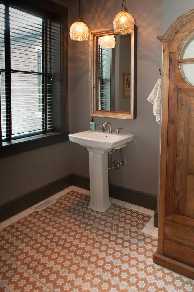 Eclectic bathroom design with Moroccan flooring - Magical Couple Home in Pittsburgh, USA