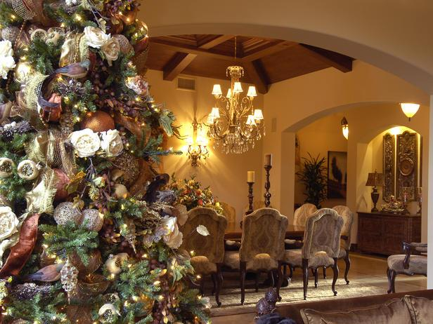 feminine christmas tree in a classic dining room 20 stylish and elegant ideas for christmas