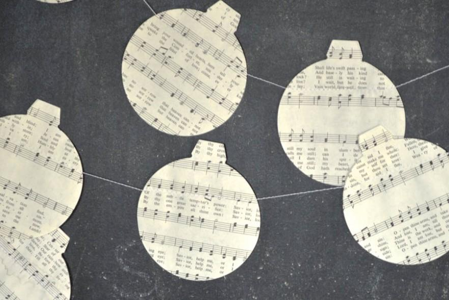 Lovely Hand Crafted Paper Christmas Decorations Founterior