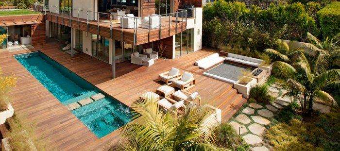 High-End Ecofriendly Luxury House in Montecito, California