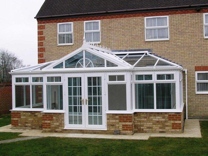 Home observtory – a look from outside - Benefits of your bespoke conservatory