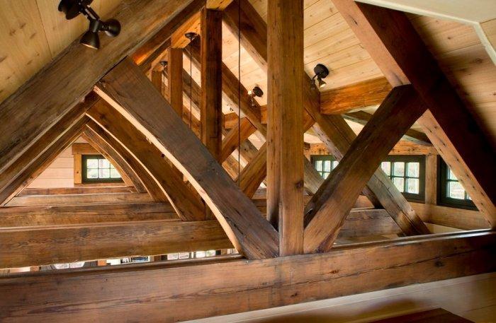 Longleaf yellow pine ceiling - Small Art Cottage near Rocky Mountains, Colorado description –