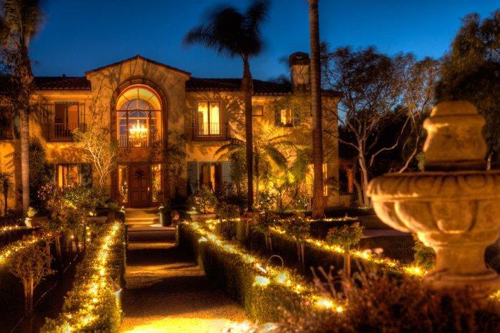 Luxury Mediterranean mansion in Italian Style in California by night