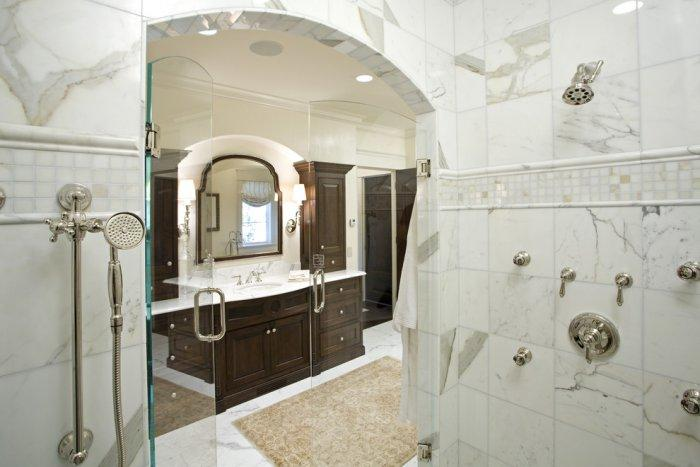 Luxury bathroom design with marble tiles in the shower area - Splendid High-End Mansion in Minnesota, USA