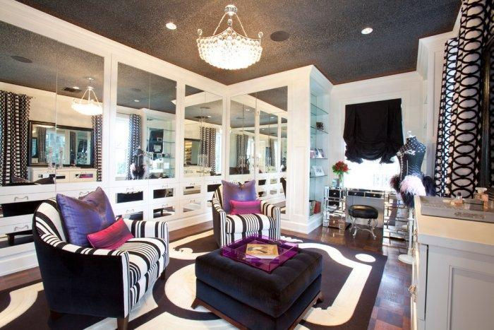 Luxury chic dressing room with classic touch - Refined Mansion with Elegant Touch in Houston
