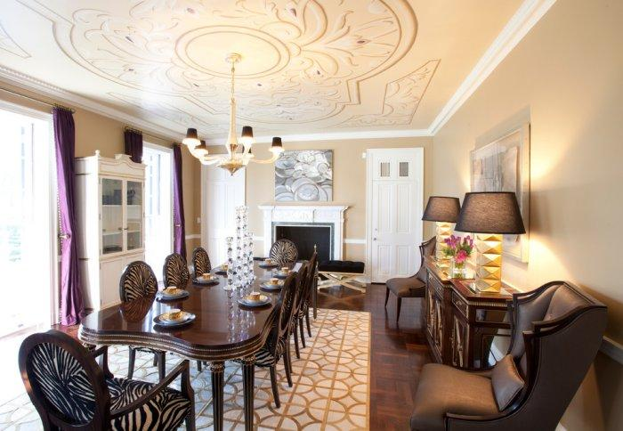 Luxury dining room with classic furniture - Refined Mansion with Elegant Touch in Houston