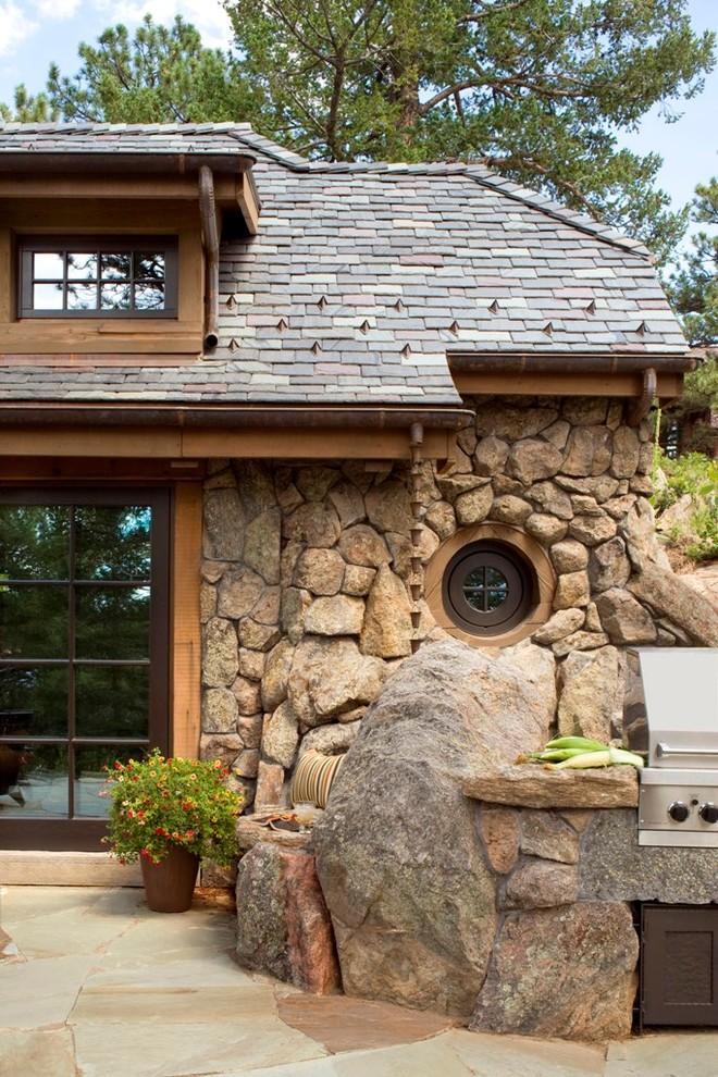 Small Rustic Art Cottage Near Rocky Mountains Colorado