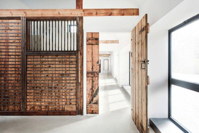 Rustic guesthouse interior design in Hampshire - Old English Stable turned into Minimalist Guesthouse
