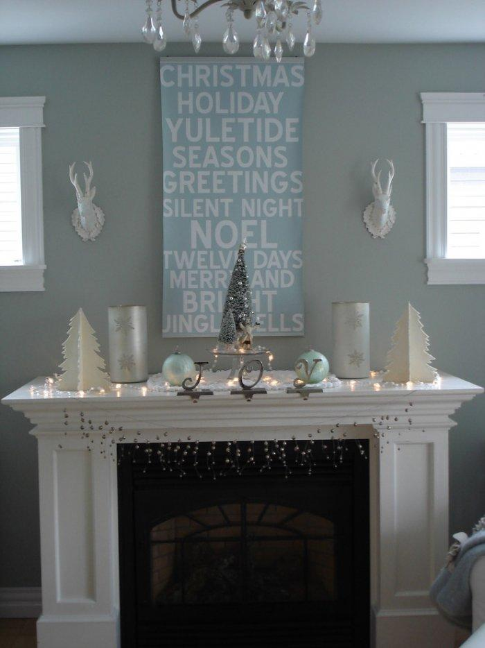 Fireplace decoration - 10 Simple and Elegant Christmas Decorating Ideas