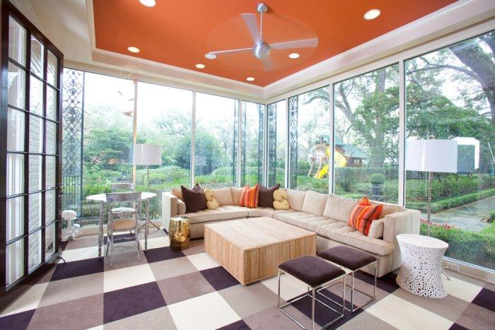 Sunny cheerful living room in fresh bright colors - Refined Mansion with Elegant Touch in Houston