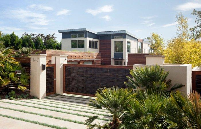 Sustainable Architecture Design of a Luxury House in California