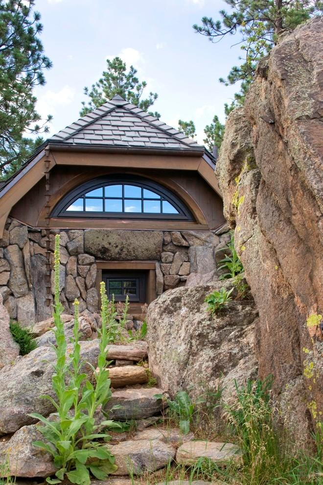 The back side of the home - Small Art Cottage near Rocky Mountains, Colorado