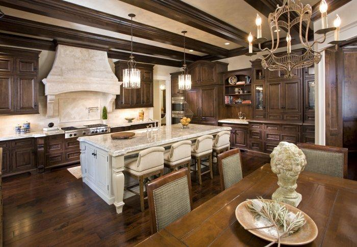 Ultra luxury high-end open plan kitchen with durango wood cabinets - Splendid High-End Mansion in Minnesota, USA