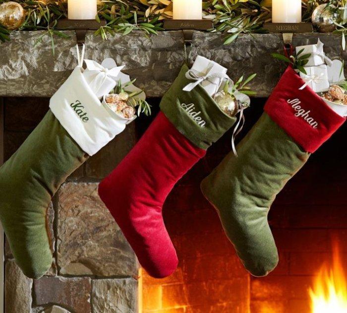 Velvet Stocking-20 Christmas Stockings Ideas that Cheer Up the Interior