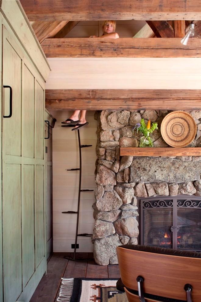 Vine-like Jefferson stair - Small Art Cottage near Rocky Mountains, Colorado