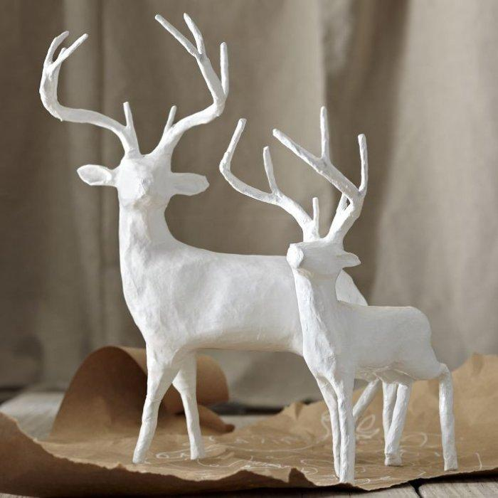 White papier-mache reindeer - Lovely Decorating Ideas with Scandinavian Touch