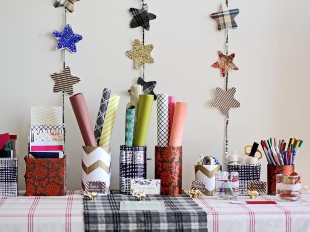 Card-Making Station - Christmas Table Decoration Ideas