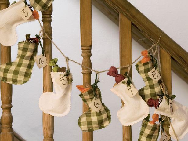 Diy Stocking Advent Calendar : Christmas advent calendars charming diy ideas