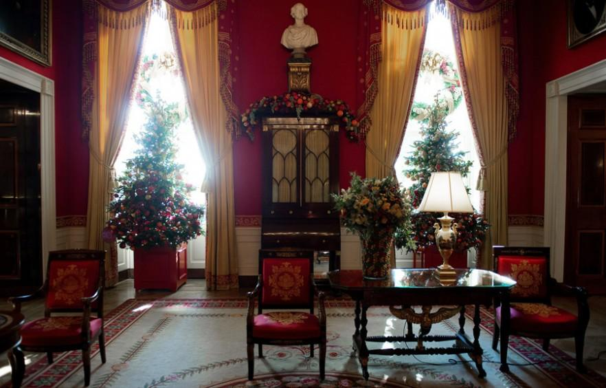 Decorating Ideas From Americas First Home