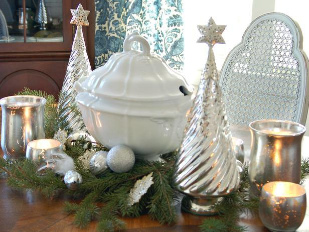 Classic Silver-and-White Centerpiece -36 Eye-Catching Ideas for a Holiday Table