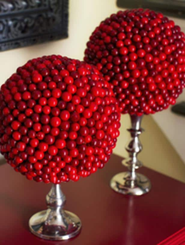 Cranberry Topiary -36 Eye-Catching Ideas for a Holiday Table