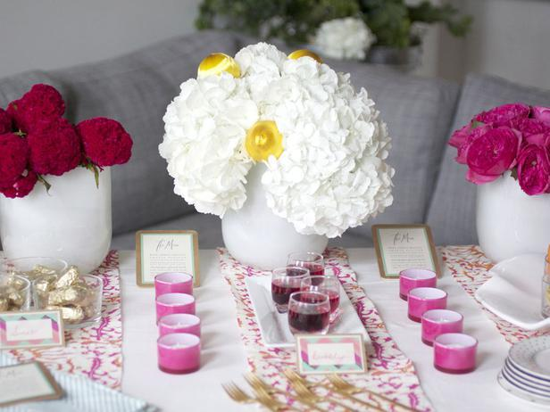 Make a Centerpiece That Pops36 Eye-Catching Ideas for a Holiday Table