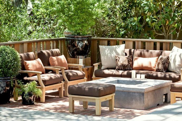 Comfortable patio furniture in brown colors